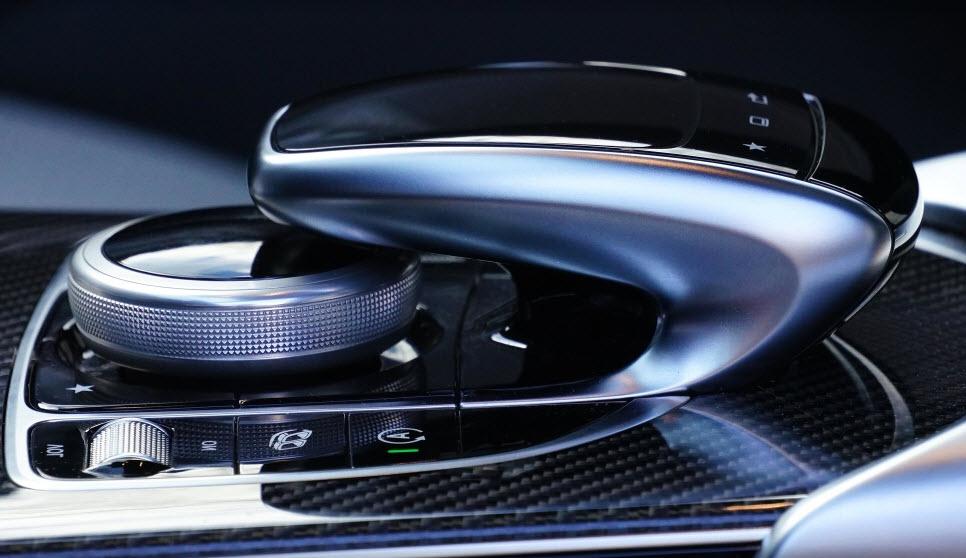 Boitier électronique voiture : de quoi s'agit-il ?