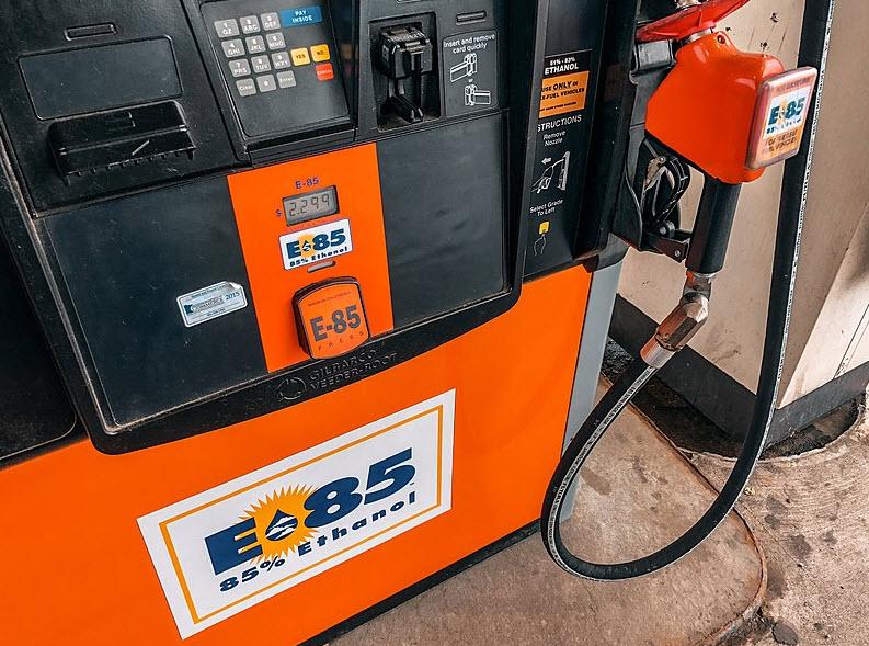 Superéthanol E-85 : les principales caractéristiques !