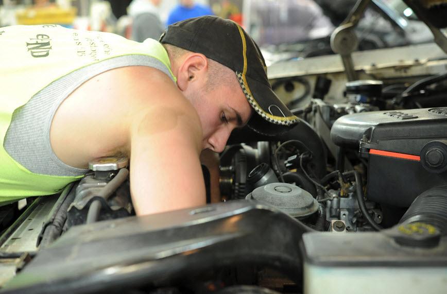 La reprogrammation du moteur automobile par un professionnel