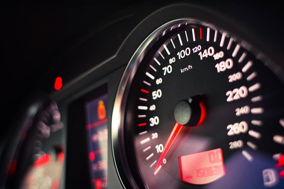Ce que vous devez savoir sur la reprogrammation du compteur automobile